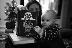 Read a Book Mom (FranciscoEvangelista) Tags: christmas baby tree art mom book dc nikon daughter sigma read f18 1835mm d7100
