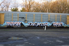 Bozo Dekor Asic (BombTrains) Tags: road railroad art train bench graffiti paint ns tag graf norfolk rail spray southern axel graff freight gets bozo autorack etx snafu fr8 dekor asic reser benching ttgx 820773