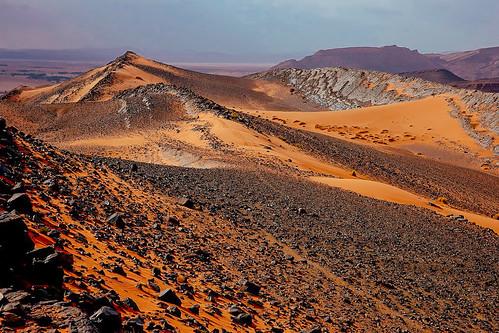 Mondlandschaft in Marokko - DerJebel Zereg