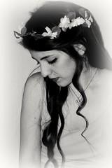 _DSC0104 (lucia.agliuzza) Tags: black photo donna nikon bella fotografia ritratto luce fata candida
