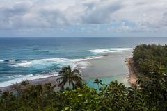 Ke'e Beach (Dylan Childs) Tags: ocean beach canon landscape island hawaii coast paradise pacific jungle kauai tropical canonrebel kalalau napali kee napalicoast canonxsi