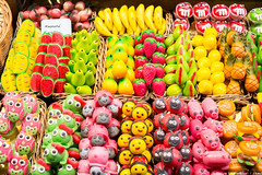 Marzipan! Mercado de La Boqueria (like / want / need) Tags: barcelona spring spain candy may catalonia marzipan mercadodelaboqueria