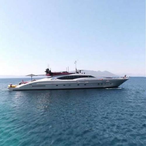 Суперхъята Vitamin от Palmer Johnson Yachts
