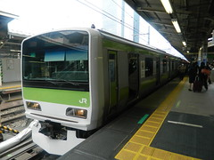 E231 (9) (Transrail) Tags: tokyo emu yamanoteline jreast e231 electricmultipleunit tokaidomainline eastjapanrailwaycompany kawasakiheavyindustries tokyucarcorporation