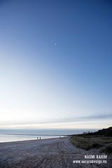 Bonbeach moon rise, Melbourne (Naomi Rahim (thanks for 2 million hits)) Tags: bonbeach beach melbourne australia portphillipbay 2016 landscape travel travelphotography nikon wanderlust downunder sunset winter magichour bluehour moon nikond750 nature victoria