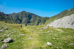 Walking up to Cader Idris (gwion.llwyd) Tags: mountain view walk climbing louise seren cadairidris cariad caderidris lowri gwion mawddacheestury