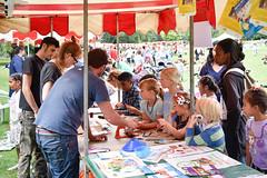 _JWT6785 (hammersmithandfulham) Tags: photographerjustinwthomas hammersmith fulham hf london borough council playday ravenscourtpark summer pokemongo parks