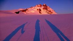 Good Morning! / Buenos Das! (Pajaro Post) Tags: patagonia parquenacionalnahuelhuapi paraso tronador sombras snowwwwwwwwwwww snow shadows ski