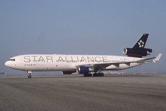 VARIG MD-11; PP-VTH, March 2004 (Aero Icarus) Tags: plane aircraft flugzeug avion slidescan