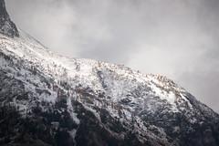 Mantle (zh3nya) Tags: mountains fall nature fog clouds landscape washington northwest cloudy hiking kitlens atmosphere ridge alpine cascades summit pacificnorthwest wa pnw larches northcascades northcascadesnationalpark sahale d3100