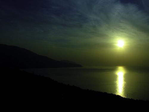 Wschód Słońca w drodze do Jałty