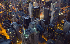 Chicago (Alberto Sen (www.albertosen.es)) Tags: city chicago tower skyline night noche illinois nikon torre sears united ciudad alberto states willis sen skyscrapper estados eeuu unidos d7000 willistower albertosen