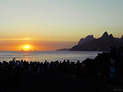 Sunset at Arpoador - RJ (erica.cmoreira) Tags: sunset sunshine brasil riodejaneiro landscape rj