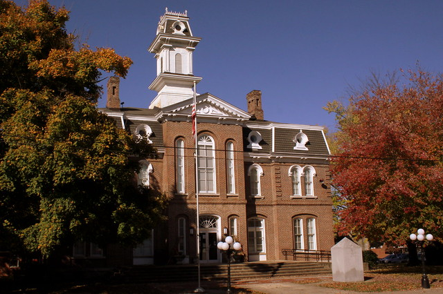 Smith County Courthouse in Autumn - Carthage, TN