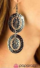 5th Avenue Black Earrings K1 P5110-4