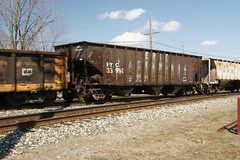 NYC33991-Hopper_Plymouth-MI_04-01-2009 (Count_Strad) Tags: car mi state michigan plymouth covered boxcar hopper freight rollingstock flatcar allenpark erielakawanna nyc33991