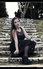 ..:Vanessa:.. - Gothic Widow - 7/10 (Pogdorica) Tags: vanessa woman black cementerio gothic rosa widow sesion gotica