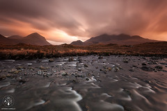 Sligachan River (Antonio Carrillo (Ancalop)) Tags: longexposure sunset bw skye water clouds canon landscape atardecer scotland agua rocks soft paisaje escocia highland filter le 09 lee nubes canondslr isle rocas graduated density ecosse neutral skyeisland filtro sligachan largaexposicin filtros gnd nd64 neutraldensity glensligachan canon1740mm densidadneutra antoniocarrillo sligachanriver lee09 5dmarkii bwnd64 ancalop lucroit