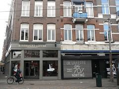 Amsterdam - Ferdinand Bolstraat (Aelo de la Krotsche) Tags: amsterdam starbucks ferdinandbolstraat starbuckscoffee