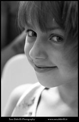 Ritratti (Sara Dabrilli) Tags: italien venice girls italy woman girl beauty smile fashion kids hair veneza kid italian women italia sweet moda makeup style mode hairstyle venecia italie itália italië venetië venisevenedig