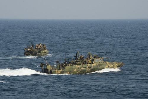 USS Ponce (AFSB(I) 15)_141119-N-OV358-321