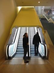 (Alain Proviste) Tags: amsterdam yellow design escalator staircase escalier movingstaircase roltrap escalierroulant escaliermécanique
