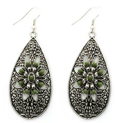 Glimpse of Malibu Green Earrings P5812-3