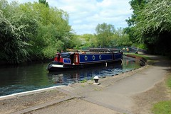 Narrow boat approaching Osterley Lock (zawtowers) Tags: walking boat canal spring day afternoon walk exploring union capital flight may saturday 7 grand ring 14th stroll narrow section approaching hanwell amble 2016 richmondtoosterleylock
