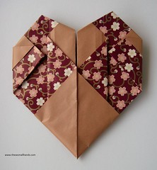 DSC01536 (thesesmallhands) Tags: paperart origami handmade homemade paperfolding