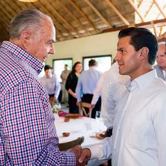 Reunin con el Comit Ciudadano para el Seguimiento a las Acciones para el Desarrollo de Michoacn (Presidencia de la Repblica Mexicana) Tags: presidente michoacn presidencia epn