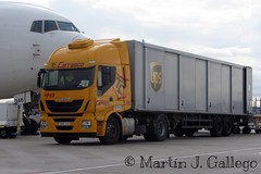IVECO STRALIS 450 UPS (Martin J. Gallego. Siempre enredando) Tags: truck ups lorry camion carrasco iveco ivecostralis truckspotting