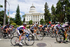 Pack in Front of Capitol (Garrett Lau) Tags: bicycle cycling women racing sacramento amgen criterium stage4 2016 circuitrace tourofcalifornia anouskakoster womenscircuitrace sacramentocircuitrace amgenbreakawayfromheartdiseasewomensrace