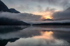 Sunrise on lake Heiterwang (MC-80) Tags: mist sunrise austria tirol sterreich nebel sonnenaufgang tyrol mistysunrise heiterwang heiterwangersee nebelstimmung