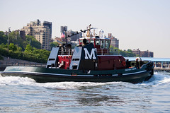 Jonathan C. Moran (gendarme02) Tags: red black water harbor moran jonathancmoran 2016 morantowingcorporation washburnanddoughtyassociates hull115 115