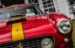 Yellow stripe (NaPCo74) Tags: red wheel yellow jaune de switzerland geneve swiss ferrari short enzo gt chateau concours rosso genve base 250 1961 maranello stipe coppet swb bande berlinetta cavallino cavalino suiss dlgance