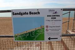 Sandgate Beach (Davydutchy) Tags: hythe kent uk truk tatra register walk wandeling spaziergang sandgate beach strand plage cycle path fietspad fahrradweg sign july 2016