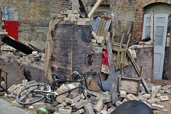 2016-09-17: Bomb Ruins (psyxjaw) Tags: chatham dockyard forties event salutetotheforties kent 40s reenactment historic