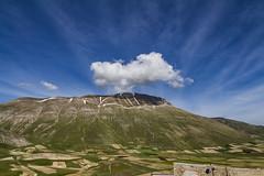 Castelluccio Spring (cobram88) Tags: natura castelluccio umbria italia italy norcia spring sky canon aperto cielo cloud nuvola