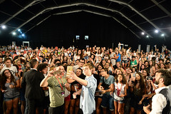 Dean Charles Chapman (giffonistory) Tags: 2016 46a giffoni deancharleschapman meetthestars salasordi incontro selfie pubblico folla gerryguarino manliocastagna