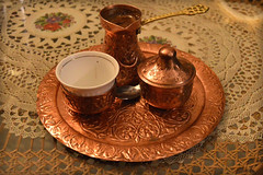 Un caff a Sarajevo (Valerio_D) Tags: sarajevo bosnia bosna bosnaihercegovina bosniaerzegovina bosniaeerzegovina bosniaandherzegovina bosniaederzegovina 2016estate bih bosniancoffee bosanskakafa 1001nights 1001nightsmagiccity fildjan dzezva