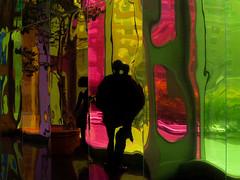 ceci n'est pas un couple (photosgabrielle) Tags: photosgabrielle urban urbain people couleurs colors reflection reflets montral ville city palaiscongres