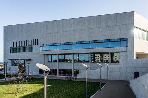 New Public Library In Dun Laoghaire, Officially Called DLR Lexicon Opened To The Public Today And It Is Worth Visiting Ref-100571