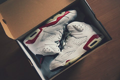air jordan vi varsity red (2010) (thatgirlwiththekicks) Tags: 6 white shoes box air sneakers nike retro jordan kicks six vi 2010 jumpman varsityred