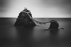 Meoto Iwa (Sandro Bisaro) Tags: longexposure sea bw seascape water japan canon dark blackwhite rocks  nippon schwarzweiss nihon waterscape langzeitbelichtung ndfilter meotoiwa weddedrocks  leefilter nd10 bigstopper canon5dmarkiii canon2470mmf28liiusm sandrobisaro