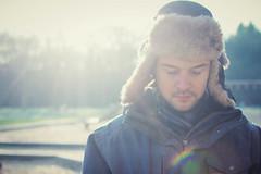 Carsten 28.12.2014 (o.lee) Tags: winter sun hat person lensflare flare fellmtze