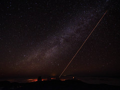 Telescope Laser at Mauna Kea (Carolyn Cheng) Tags: way hawaii bigisland milky maunakea