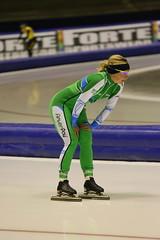 A37W0122 (rieshug 1) Tags: 500 sprint 3000 1500 1000 dames schaatsen speedskating thialf eisschnelllauf knsb ijsstadionthialf trainingswedstrijd trainingswedstrijdjoenmerkenteams