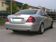 "mercedes_e240_v6_33 • <a style=""font-size:0.8em;"" href=""http://www.flickr.com/photos/143934115@N07/26888635073/"" target=""_blank"">View on Flickr</a>"