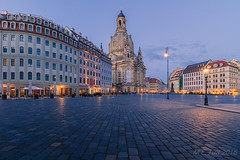 Frauenkirche @ Dresden (Marcel Tuit | www.marceltuit.nl) Tags: travel blue camping winter holiday mountains cold holland me church architecture canon germany square deutschland eos dresden vakantie nationalpark twilight europa europe outdoor saxony nederland kirche hour sachsen 7d mooi bergen frauenkirche plein kerk blauwe elbe buiten architectuur kamperen bastei duitsland landschap schemering koud neumarkt gebergte natuurgebied uur nationaalpark konigstein saksen elbsandstone freistaatsachsen marceltuit vrijstaatsaksen contactmarceltuitnl wwwmarceltuitnl elbezandsteen
