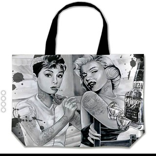 Fun new tote bags coming from #midsouthproducts! #jamesdangerharvey #jdanger #jamesdangerart